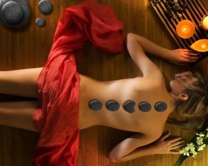 antropoti-concierge-service-massage-stones1 (1)