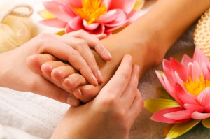 antropoti-concierge-service-massage-stones1 (3)