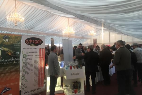 12.-VINOcom-Međunarodni-festival-vina-i-kulinarstva-antropoti-concierge-2-600x400.jpg